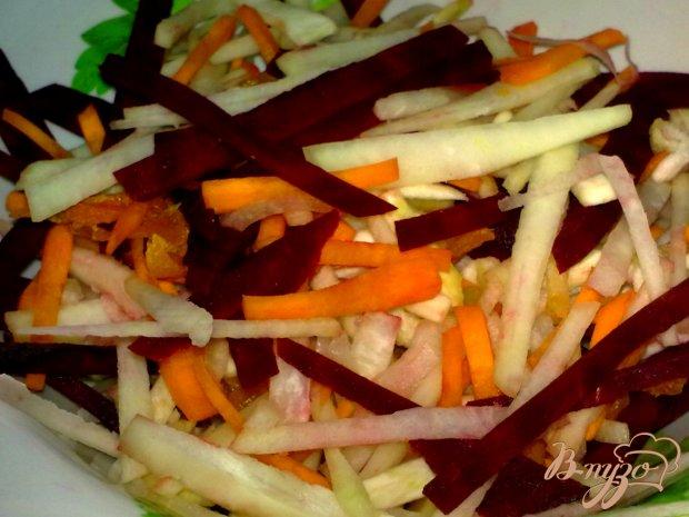 Салат с топинамбуром и другими корнеплодами