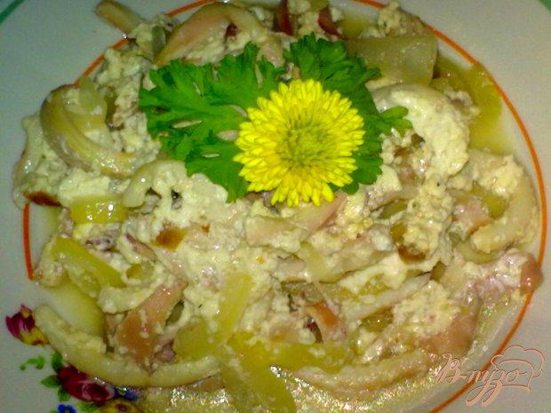 Кальмары в сметанно-яичном соусе