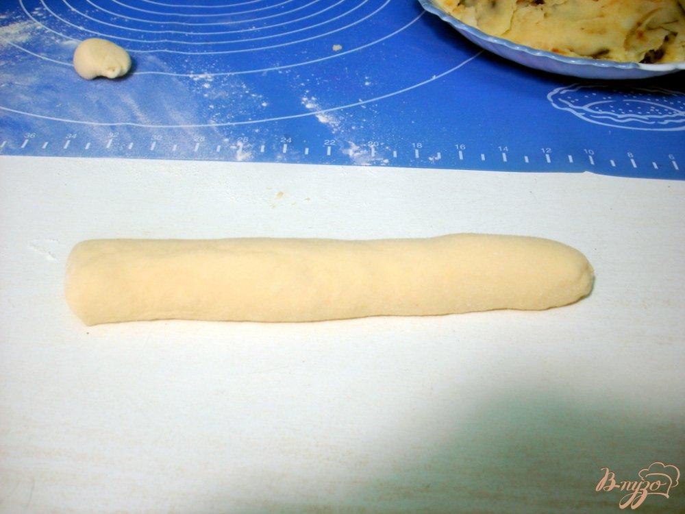 Фото приготовление рецепта: Вареники с картофелем, грибами и сыром шаг №9