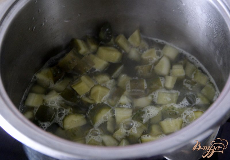 Фото приготовление рецепта: Солянка сборная, с копченостями шаг №3