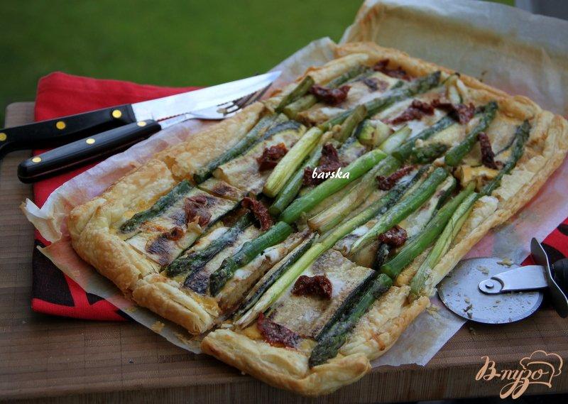 Фото приготовление рецепта: Флан с зеленой спаржой и цуккини шаг №10