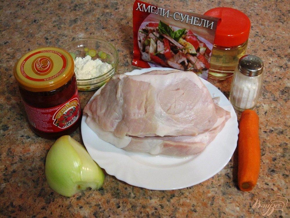 Фото приготовление рецепта: Свиной гуляш