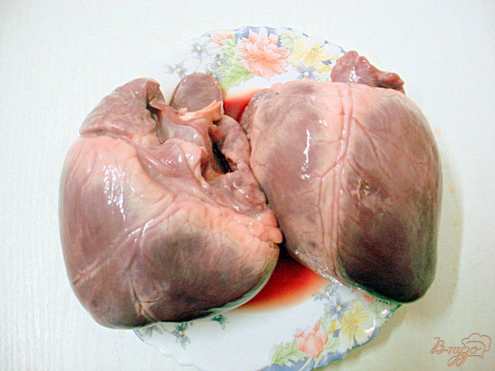 Фото приготовление рецепта: Сердце в томатно - перечном соусе шаг №1