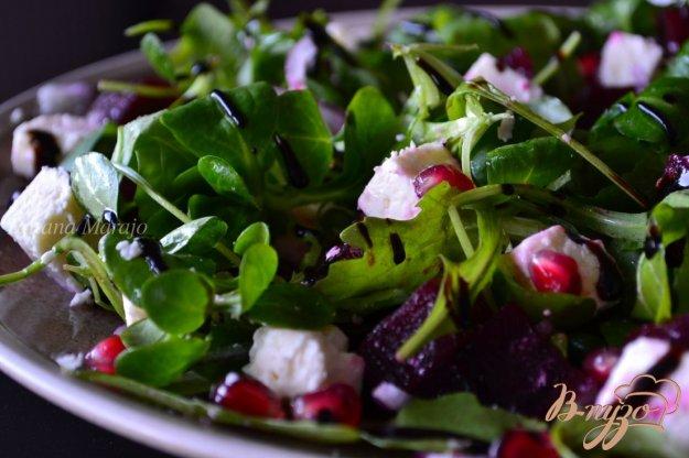 Рецепт Салат с рукколой, фетой и отварной свеклой