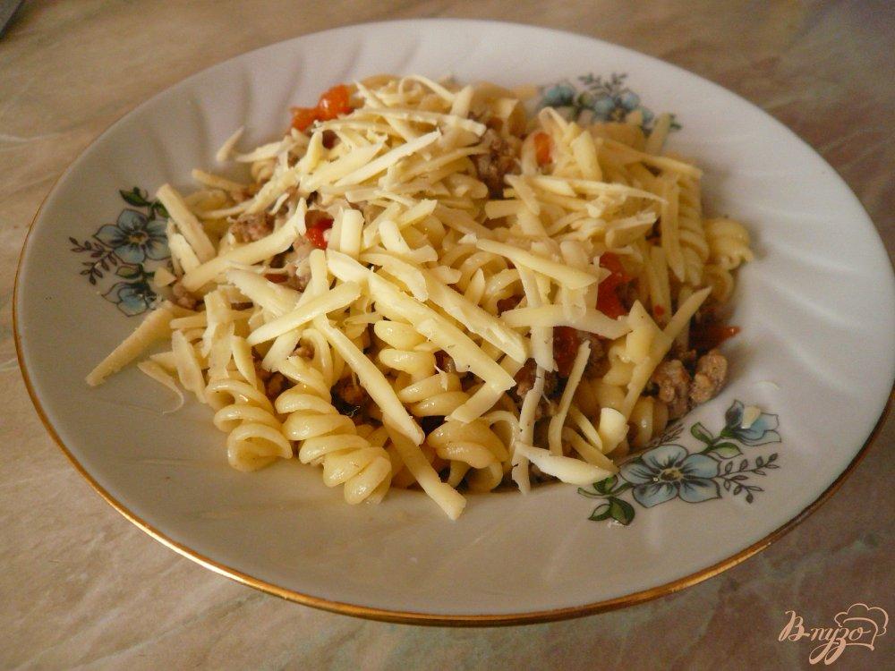 Фото приготовление рецепта: Макароны с мясным соусом шаг №8