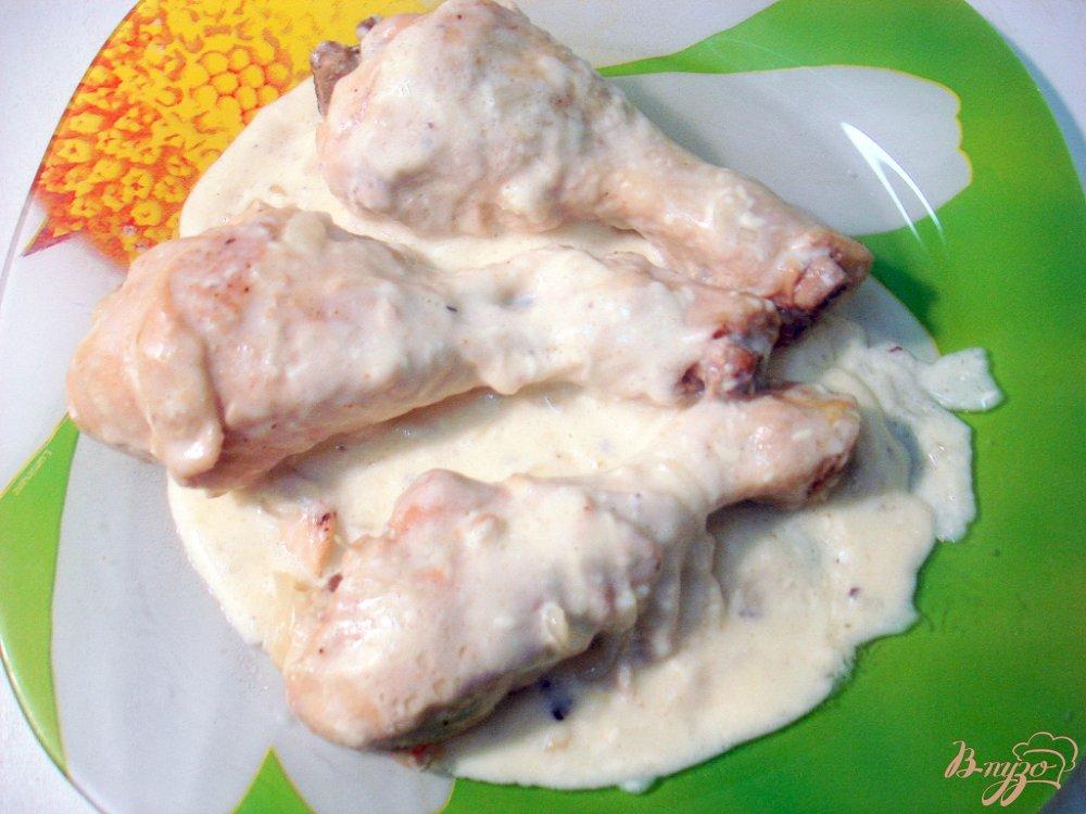 Фото приготовление рецепта: Куриные голени в сырном соусе шаг №6