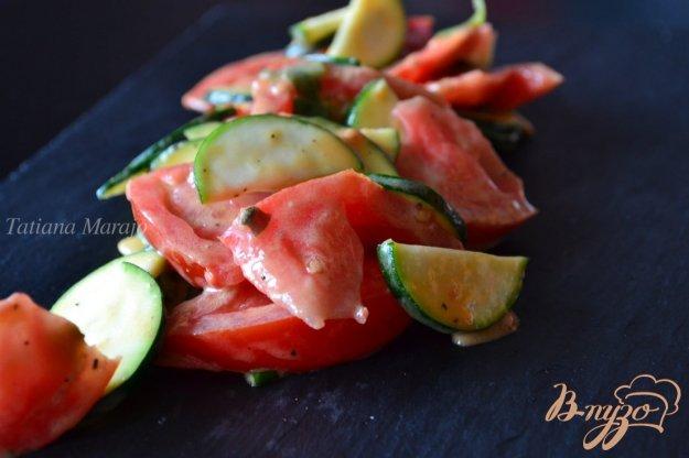 фото рецепта: Салат с помидорами и цукини
