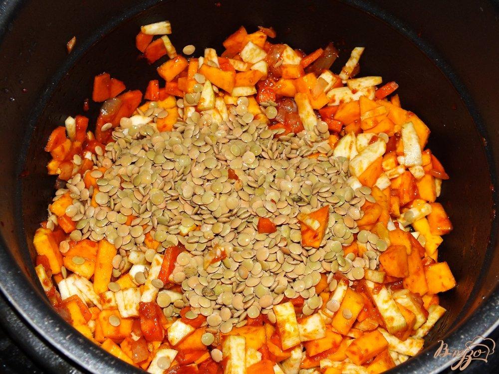 Фото приготовление рецепта: Чечевичная похлебка с тыквой из мультиварки шаг №8