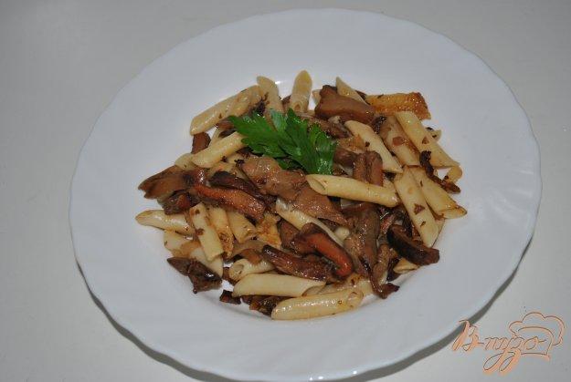 Рецепт Пикантные макароны с грибами-вешенками