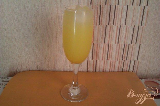 фото рецепта: Лёгкий коктейль с ликёром  Лимончелло