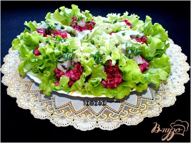 Рецепт Закусочный салат со свеклой и сельдью