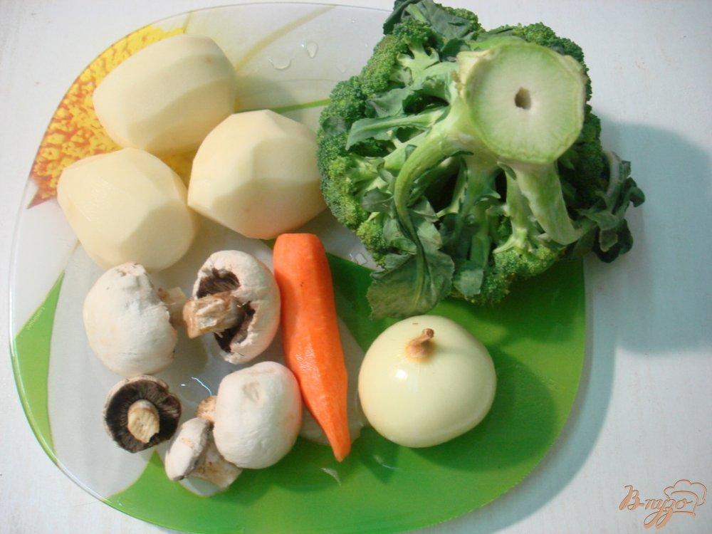 Фото приготовление рецепта: Зелёный суп шаг №1