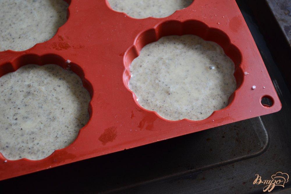 Фото приготовление рецепта: Грибной флан шаг №4