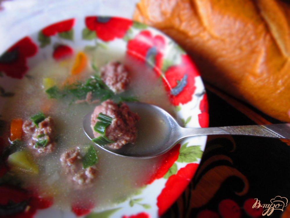 Фото приготовление рецепта: Картофельный суп с мясными фрикадельками шаг №5
