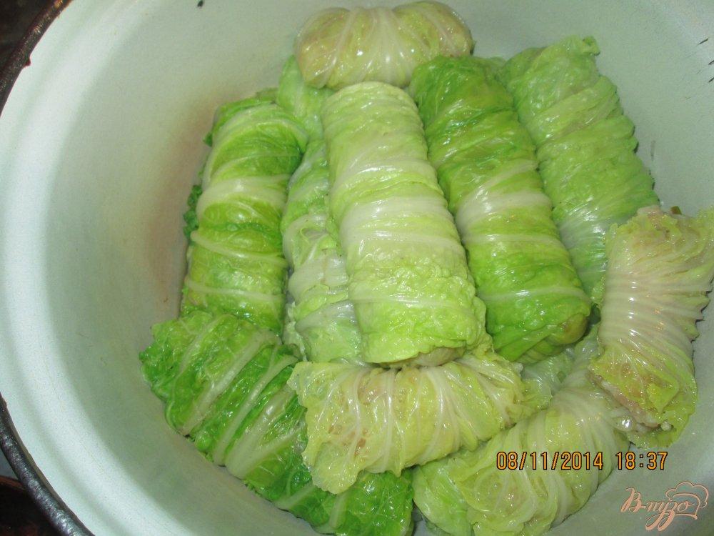 Фото приготовление рецепта: Голубцы из пекинской капусты шаг №4