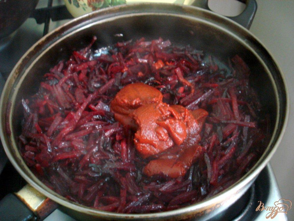 Фото приготовление рецепта: Борщ на свинине шаг №4