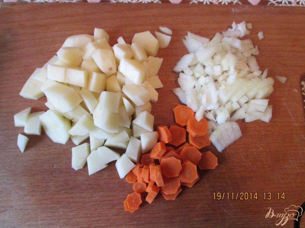 Фото приготовление рецепта: Куриный бульон шаг №3
