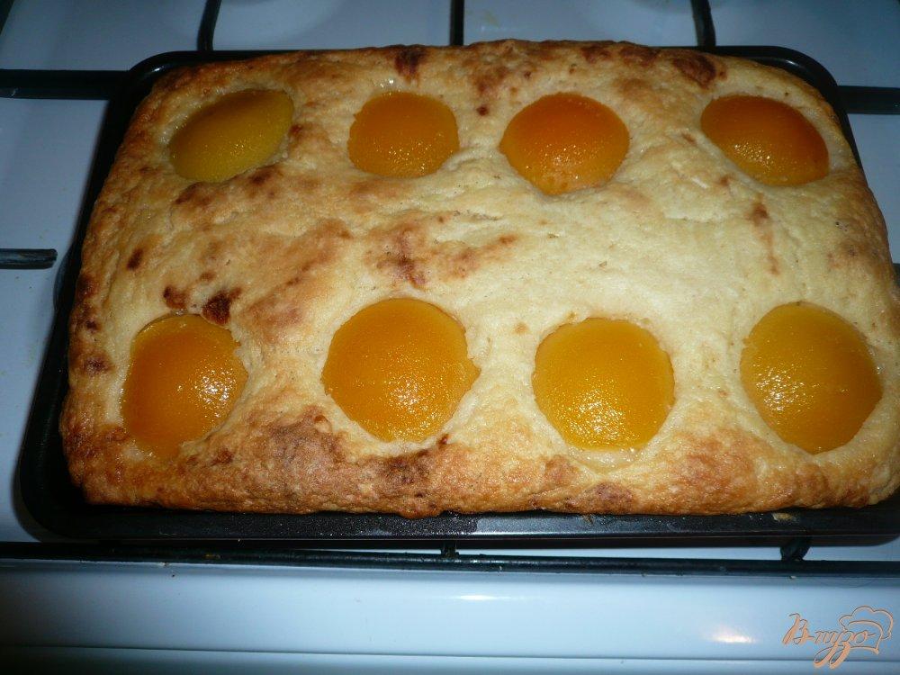 Фото приготовление рецепта: Манник с персиками шаг №7