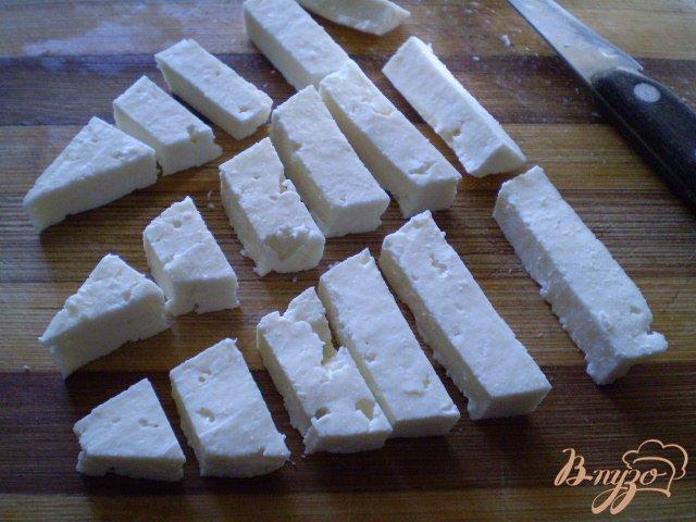 Фото приготовление рецепта: Картофель со спаржевой фасолью и сыром шаг №7