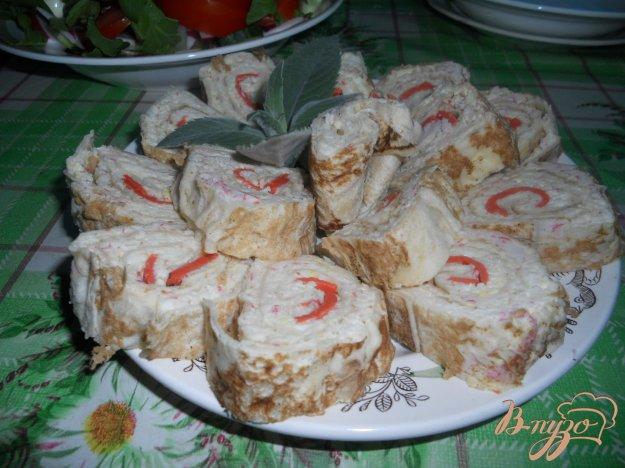 Рецепт Рулет на основе лаваша с крабовым мясом и сыром