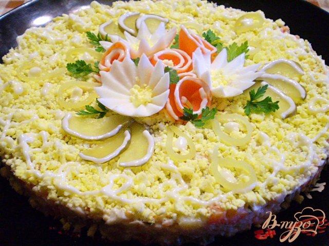 Фото приготовление рецепта: Рыбный салат с хеком шаг №14
