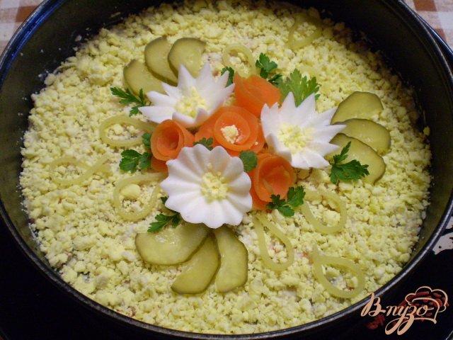Фото приготовление рецепта: Рыбный салат с хеком шаг №13