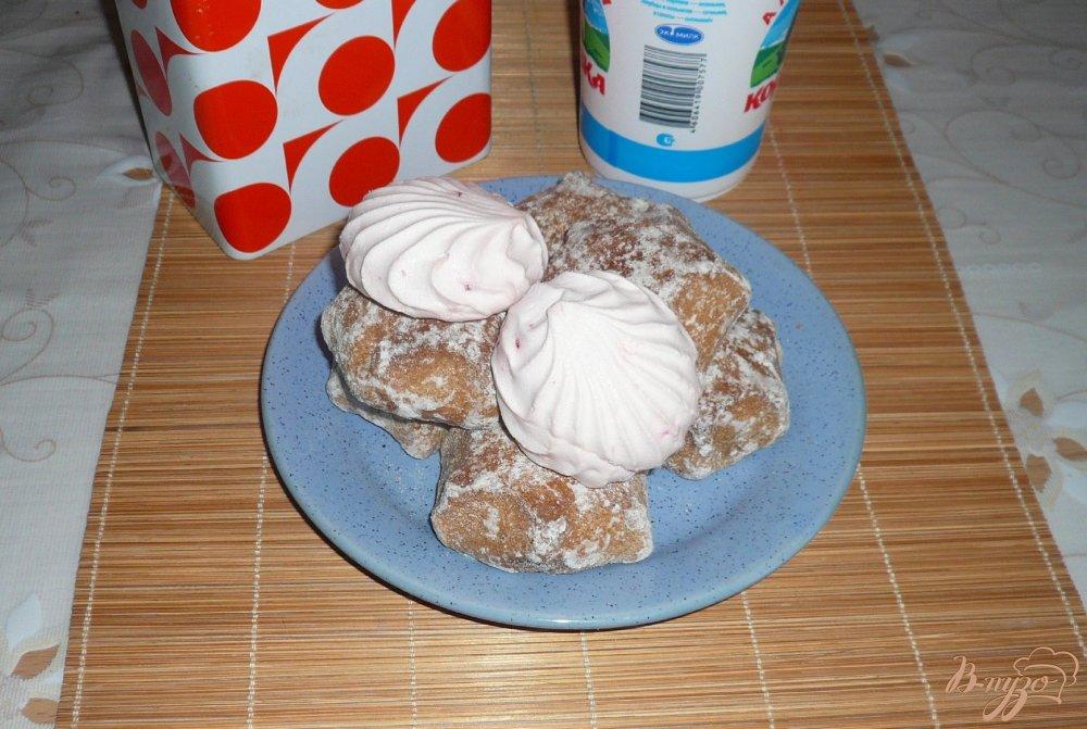 Фото приготовление рецепта: Тортик без выпечки из пряников и зефира шаг №1