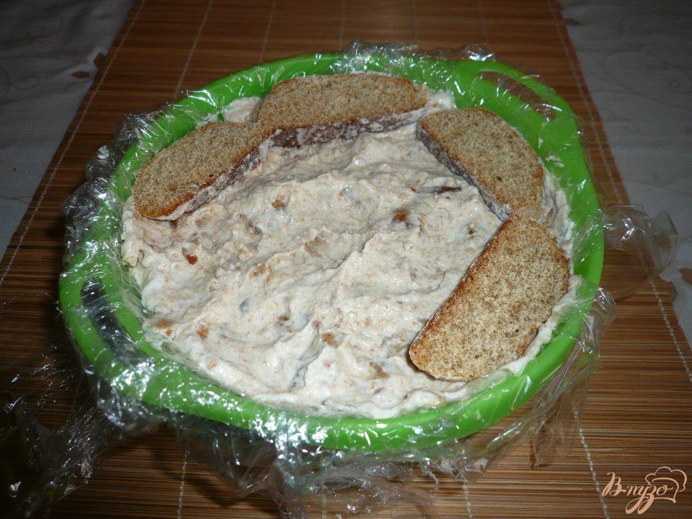 Фото приготовление рецепта: Тортик без выпечки из пряников и зефира шаг №7