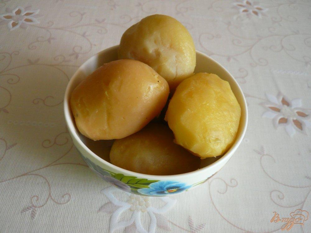Фото приготовление рецепта: Картофельная запеканка с грибами шаг №3