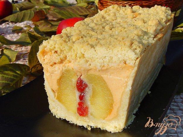 Рецепт Пирог с яблоками, фаршированными марципаном и вялеными вишнями