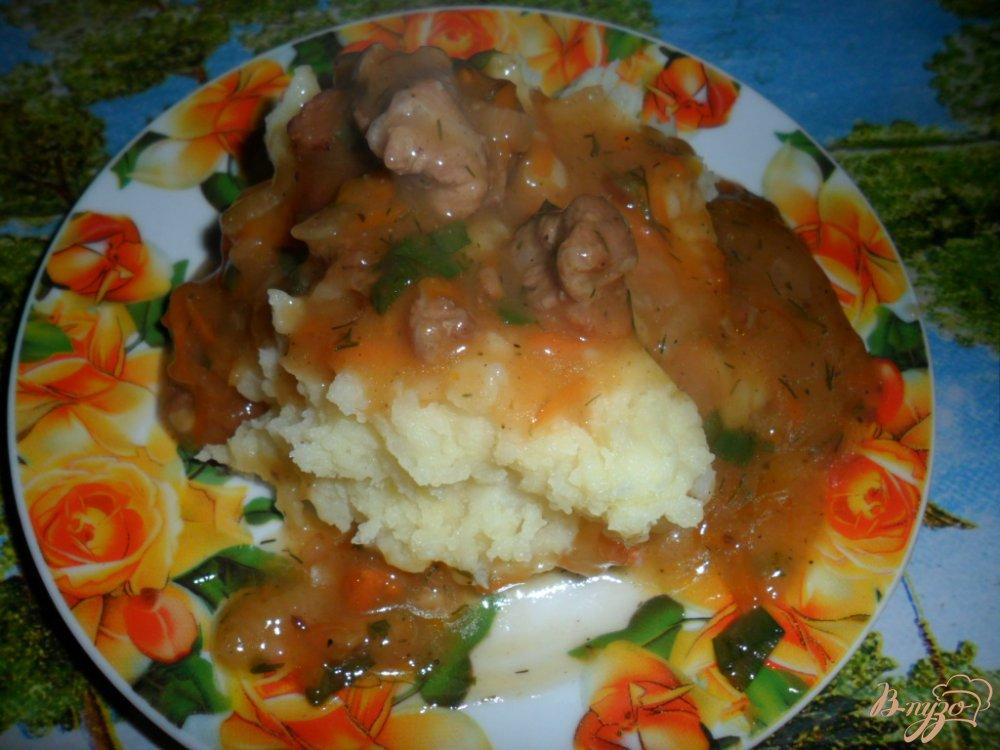 Фото приготовление рецепта: Подлива с свиной мякотью на сковороде шаг №5