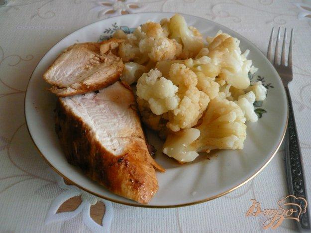 Рецепт Куриная грудка с гарниром из цветной капусты