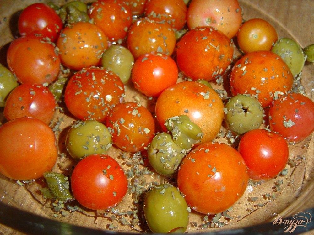 Фото приготовление рецепта: Рыба по итальянски, запеченная с томатами, оливками и каперсами шаг №1