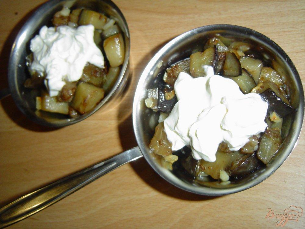 Фото приготовление рецепта: Баклажановый жульен шаг №4