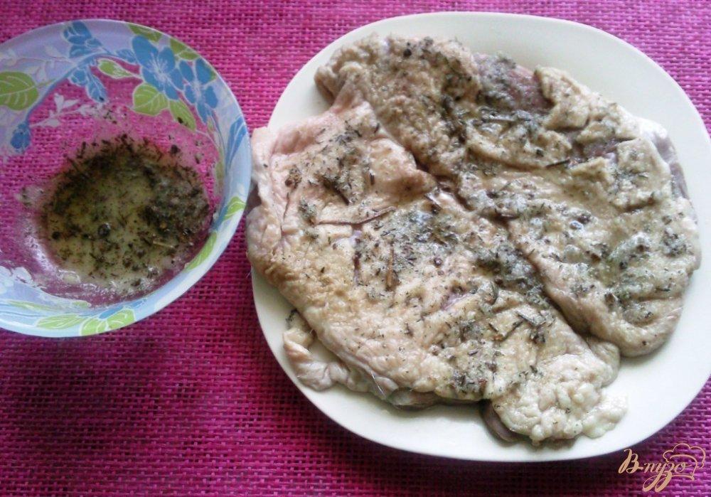 Фото приготовление рецепта: Вяленая утиная грудка шаг №2