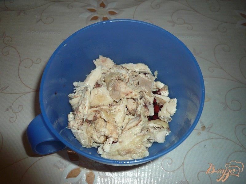 Фото приготовление рецепта: Салат с красной фасолью шаг №2