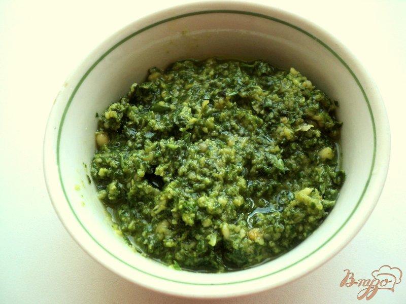 Фото приготовление рецепта: Картофельный салат с соусом песто шаг №2