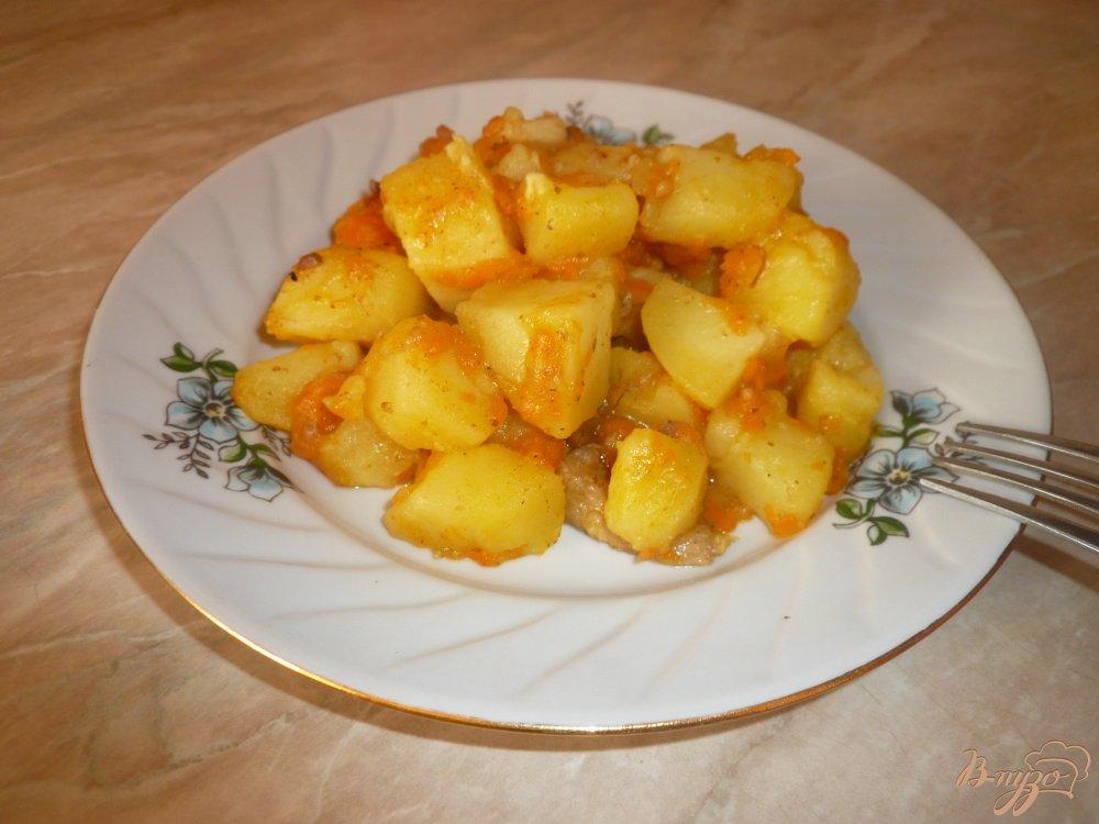 Тушеная картошка с морковью на сковороде рецепт