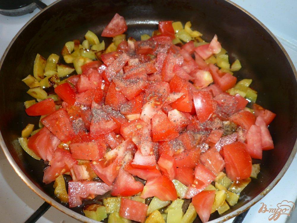 Фото приготовление рецепта: Острый рисовый суп с фасолью шаг №6