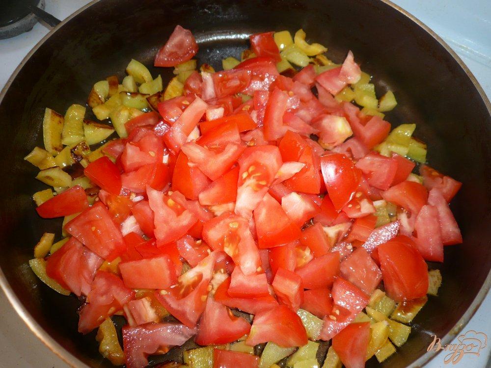 Фото приготовление рецепта: Острый рисовый суп с фасолью шаг №5