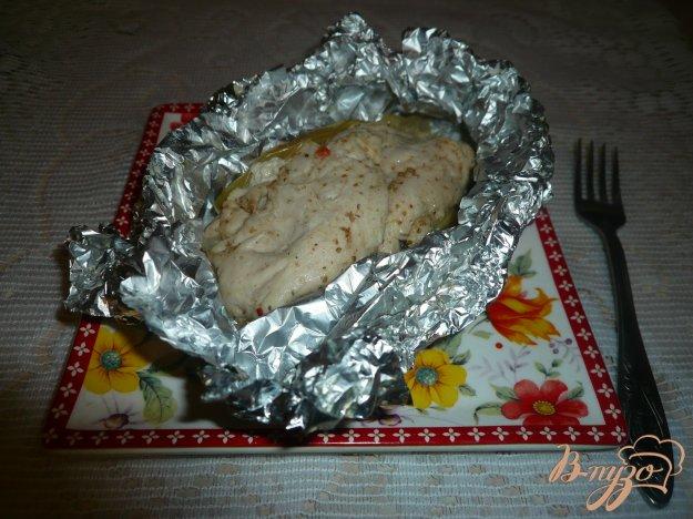 фото рецепта: Куриная грудка, запеченная с яблоками