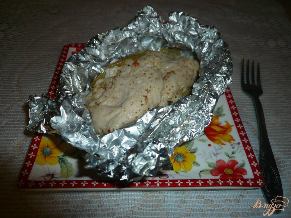 Фото приготовление рецепта: Куриная грудка, запеченная с яблоками шаг №8