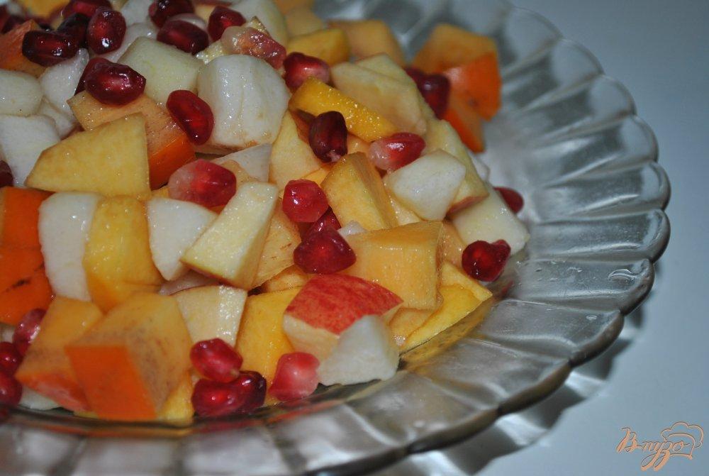 Фото приготовление рецепта: Фруктовый микс-салат шаг №5