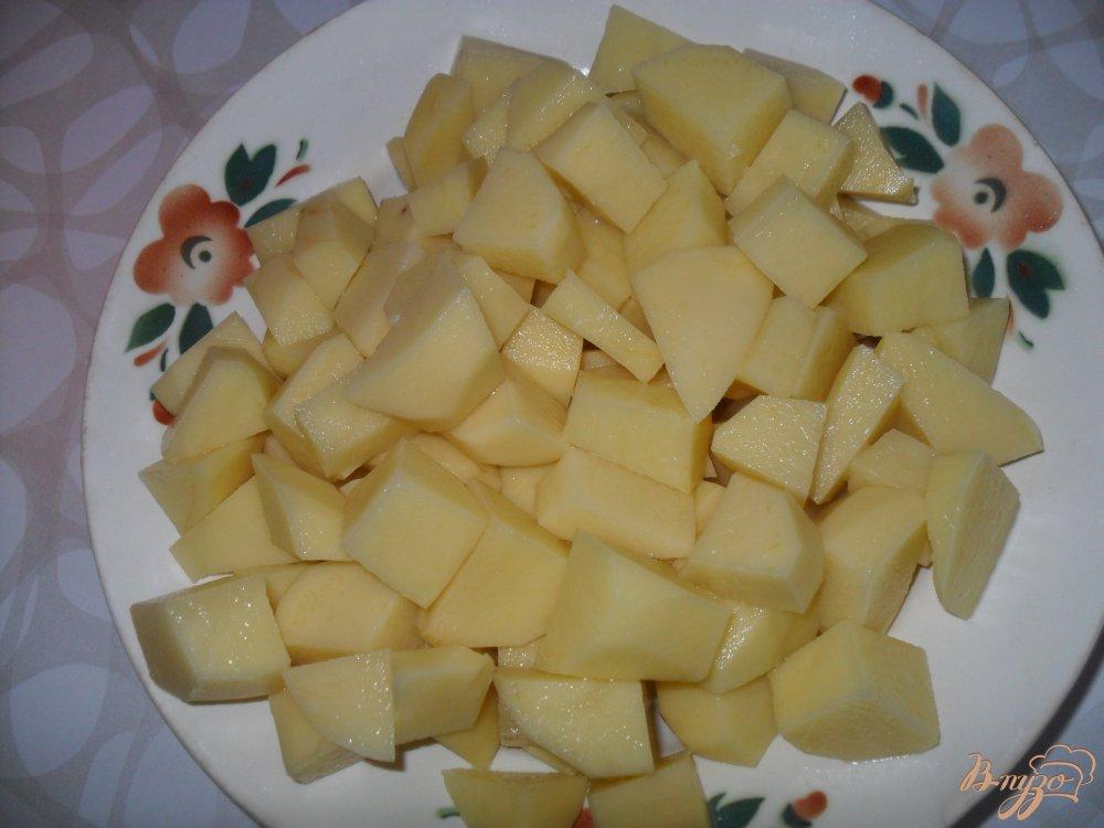 Фото приготовление рецепта: Томатный суп с фрикадельками шаг №4