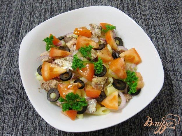Рецепт Салат из макарон с сардинами