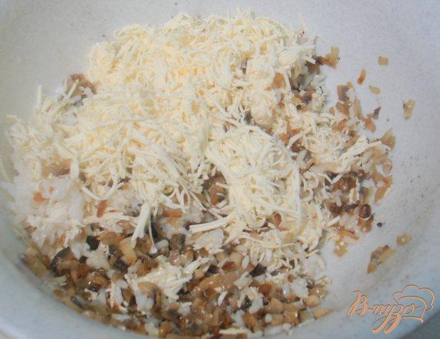 Перец фаршированный грибами, рисом и сыром