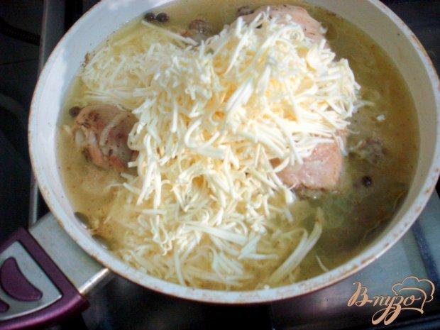 Куриные голени в сырном соусе