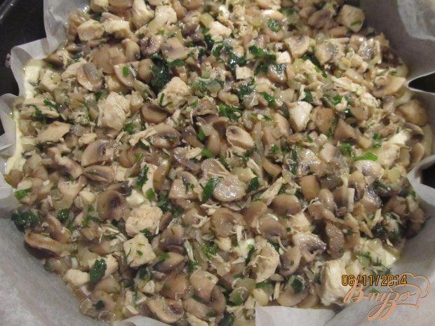 Заливной пирог с грибами и курицей