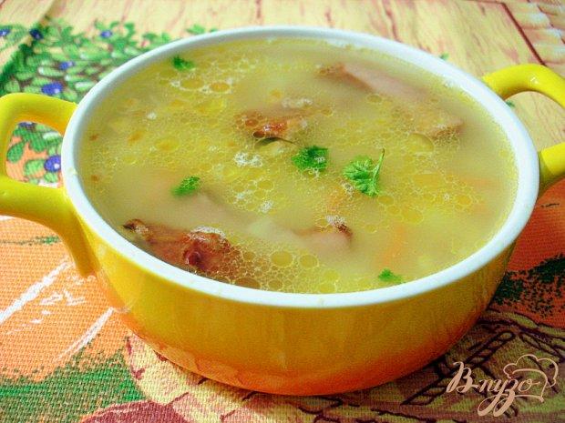 Гороховый суп с копчёными свиными рёбрышками