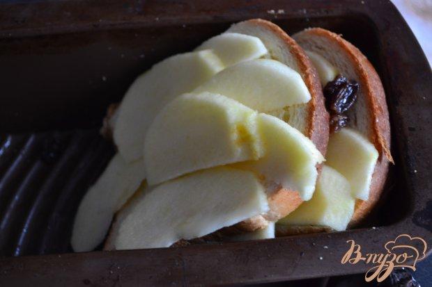Пудинг с яблоками и изюмом